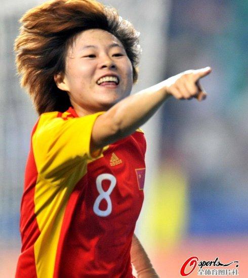 中国女足10-1狂胜约旦取开门红